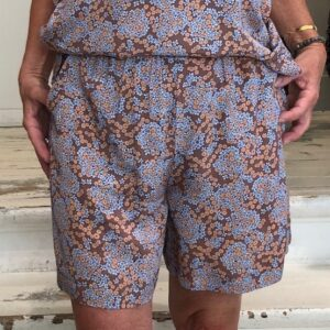 And Less Sheilah Sommer Shorts