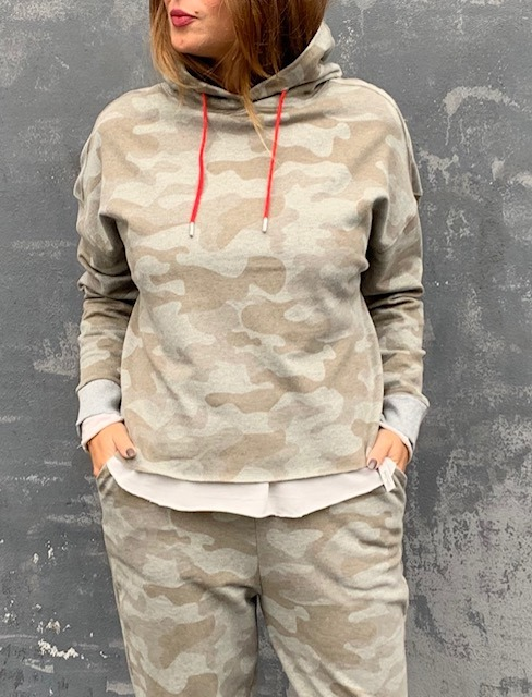 Cotton Candy Hadley Sweat Hoodie Camo